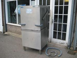 Winterhalter GS515 Pass through dishwasher 3 phase electric. Refurbished.