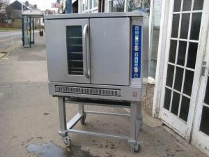 Falcon G7208 Convection oven natural gas hardly been used.
