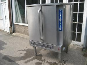 Falcon G7211 Convection oven Nat or LPG gas commercial, hardly been used.