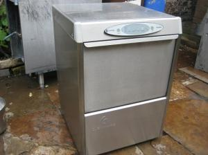 Clenaware Sovereign 45 Commercial Glass washer 45x45.